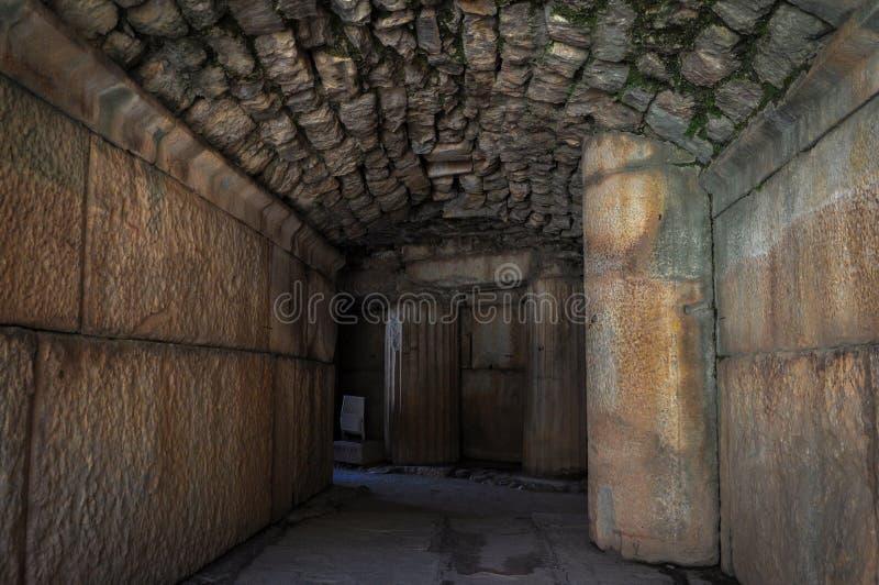 Sobras de uma civilização anterior em Ephesus fotografia de stock