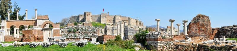 Sobras de uma civilização anterior em Ephesus foto de stock