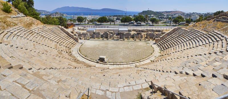 Sobras do anfiteatro de Halicarnassus Bodrum, Mugla, Turquia imagens de stock royalty free
