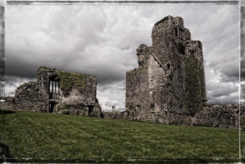 Sobras do castelo da avó perto de Waterford imagem de stock royalty free