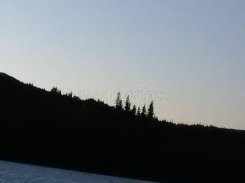 Sobre el lago foto de archivo