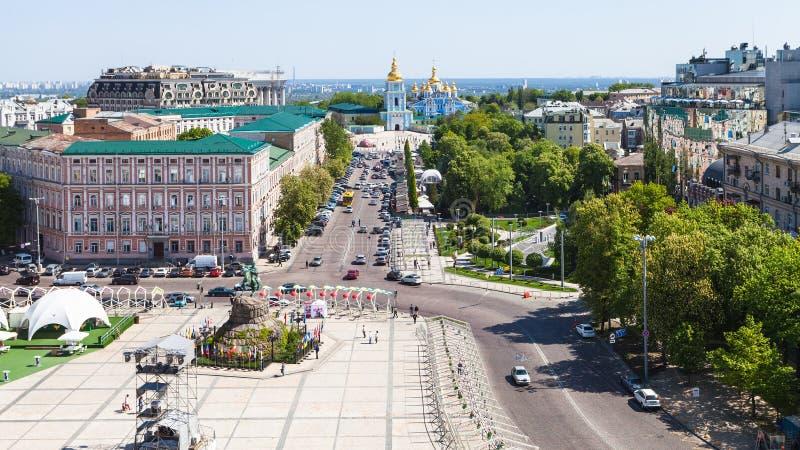 Sobre la vista de St Sofia Square en la ciudad de Kiev imágenes de archivo libres de regalías