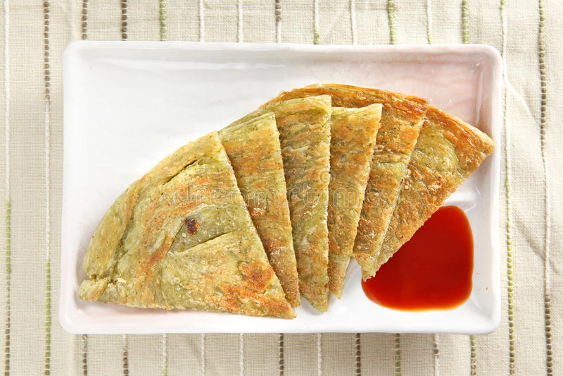 Sobremesa chinesa, panqueca da cebola verde imagens de stock royalty free