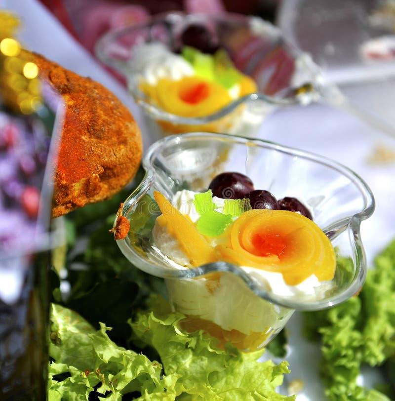 Sobremesa da cereja de Morello fotos de stock royalty free