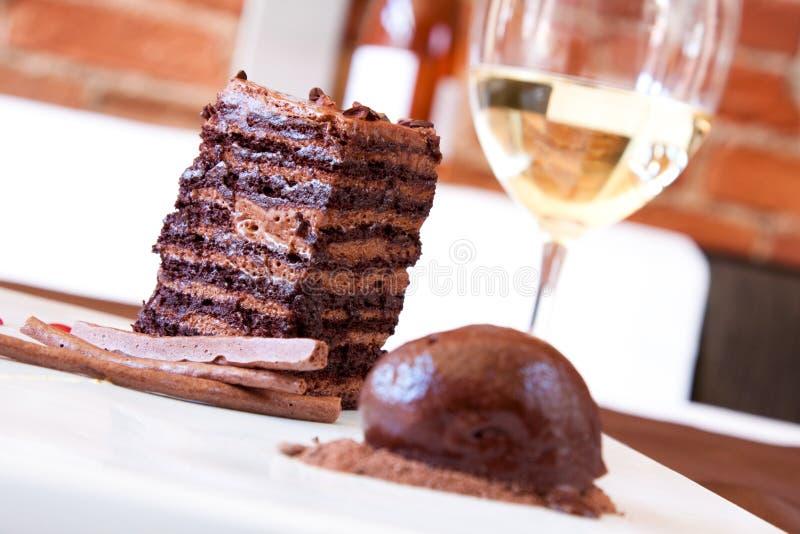 Sobremesa da esponja do chocolate fotos de stock