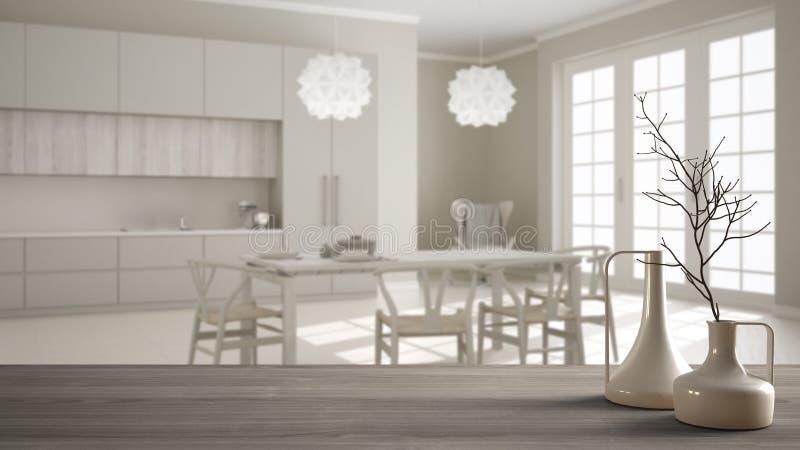Sobremesa o estante de madera con los floreros modernos minimalistic sobre cocina blanca clásica borrosa con la mesa de comedor,  stock de ilustración