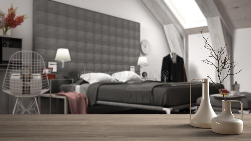 Sobremesa o estante de madera con los floreros modernos minimalistic sobre el dormitorio de lujo contemporáneo borroso, desván de stock de ilustración