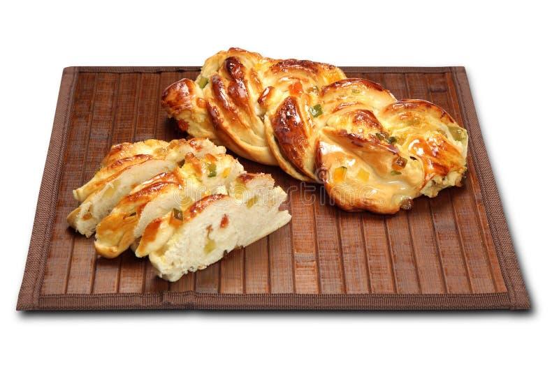 Sobremesa típica de Roscon de Reyes Espanhol do esmagamento Folheada de Rosca fotografia de stock