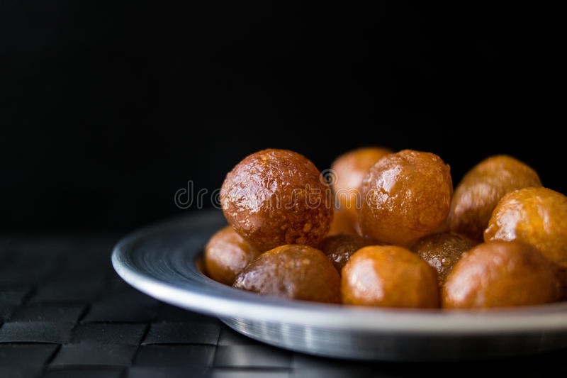 Sobremesa tradicional turca Lokma imagens de stock royalty free