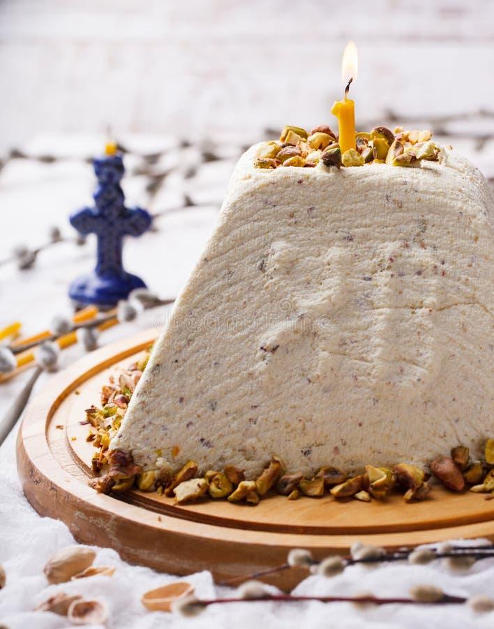 Sobremesas ortodoxos da Páscoa do russo tradicional foto de stock