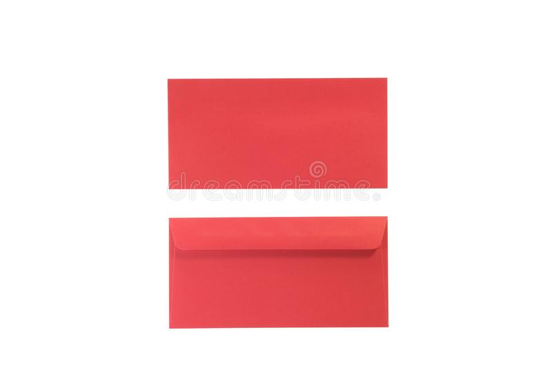 Sobres rojos del frente y de la parte posterior en blanco aislado fotos de archivo libres de regalías