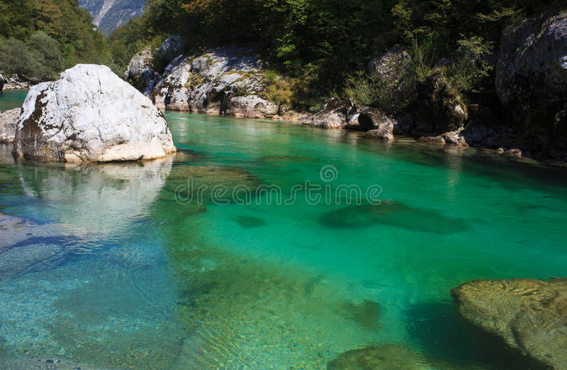 Soca-Fluss, Slowenien lizenzfreie stockfotos