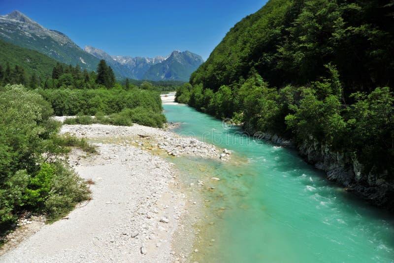 Soca/Isonzo rivier, Slovenië stock foto's