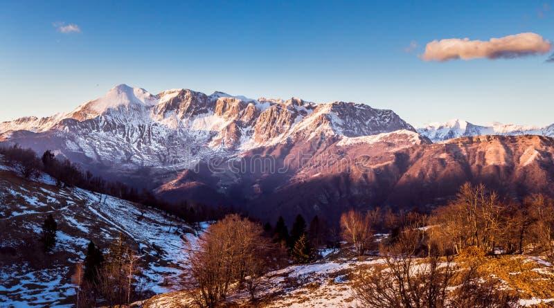 Soca-Tal-Berge lizenzfreie stockfotos