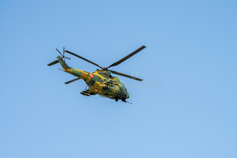 Socat-Hubschrauber-Detailnahaufnahme Puma IAR 330 an der Flugschau in Rumänien lizenzfreie stockfotografie
