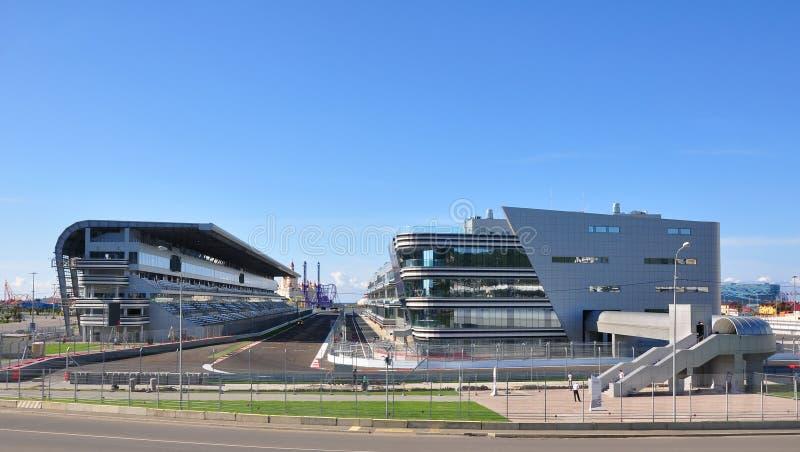 Sochi, Rusia - 23 de septiembre de 2014: El área del comienzo y del final de la pista de la fórmula 1 en Sochi fotos de archivo