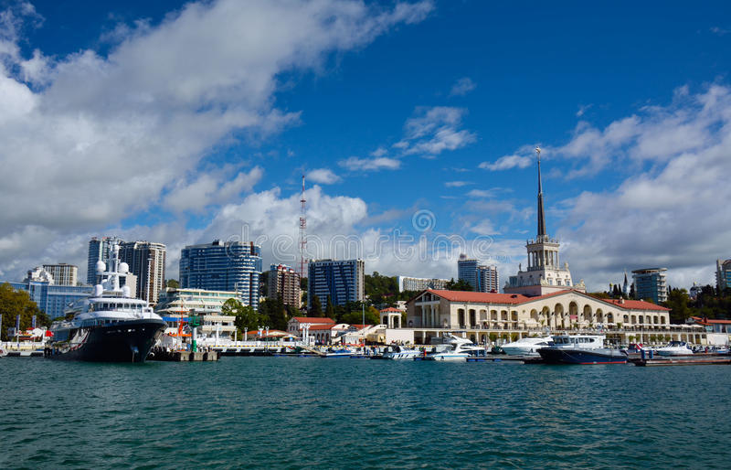 SOCHI-/RUSSIANFEDERATION - SEPTEMBER 29 2014: havsport royaltyfri bild