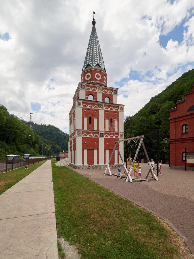 Sochi - russo Feseration - 24 de julho de 2017 - centro etnográfico da cultura minha Rússia imagens de stock