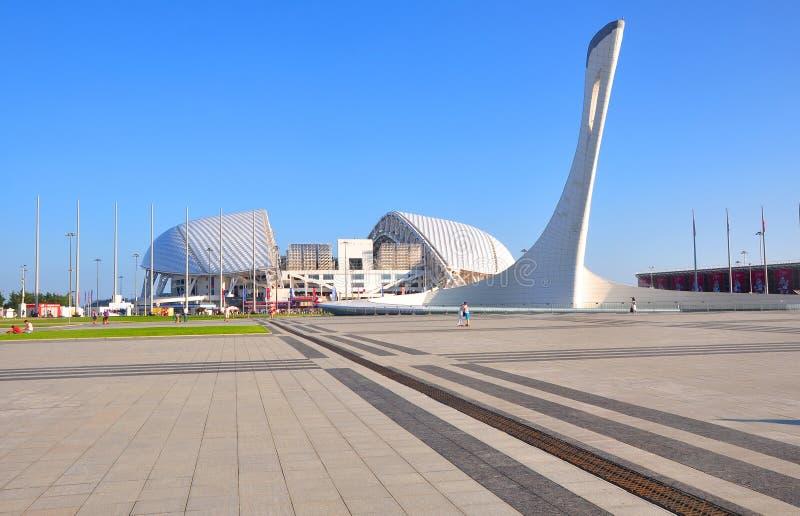 SOCI, RUSSIA - 25 GIUGNO 2017: Vista del ` di Fisht del ` dello stadio dal ` della plaza delle medaglie del ` fotografie stock