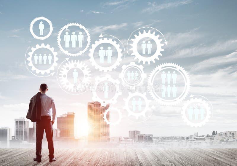 Sociaal die verbindingsconcept op het scherm als symbool voor groepswerk en samenwerking wordt getrokken stock afbeeldingen