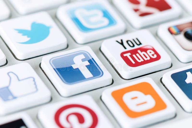 Social massmediakommunikation arkivfoto