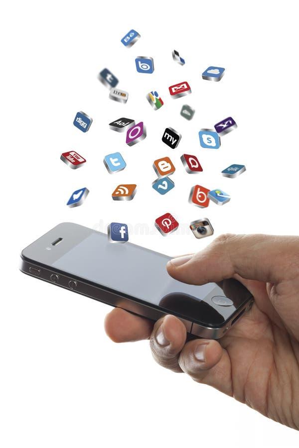 Sociale media pictogrammenvlieg van iphone ter beschikking royalty-vrije stock foto