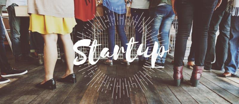 Socialice a la diáspora comienzan para arriba la iniciación Team Building Concept foto de archivo libre de regalías