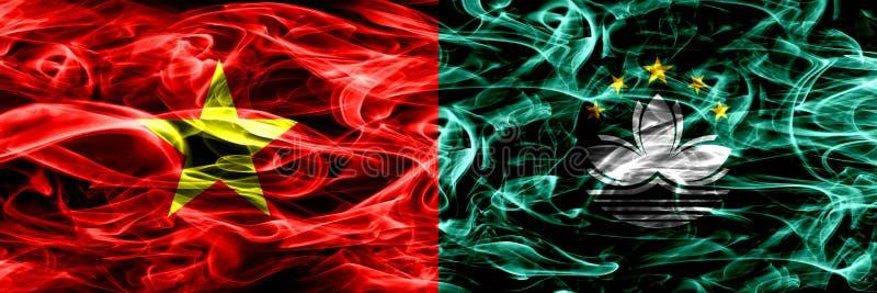 Socialistiska republiken Vietnam vs Macao, Kina rökflaggor förlade sidan - vid - sidan Tjocka kulöra silkeslena rökflaggor av Vie royaltyfri illustrationer