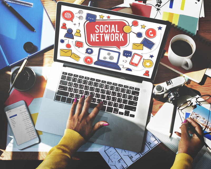 Socialt begrepp för nätverksMedia Communication anslutning royaltyfria bilder