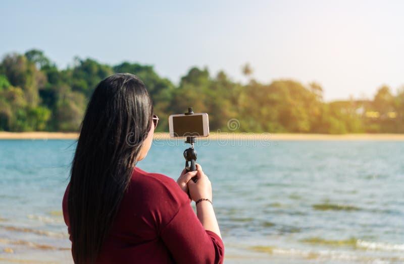 Socialt nätverks- och fotografibegrepp royaltyfri bild
