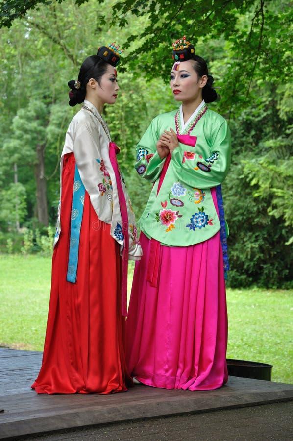 Sociedad para la educación coreana + Hata de la danza fotografía de archivo libre de regalías