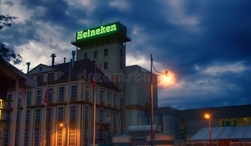 Società facente olandese Heineken dell'ufficio in Francia, installazione produttiva della birra fotografie stock libere da diritti