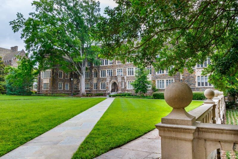 Sociologi-psykologi byggnad p? Duke University royaltyfria foton