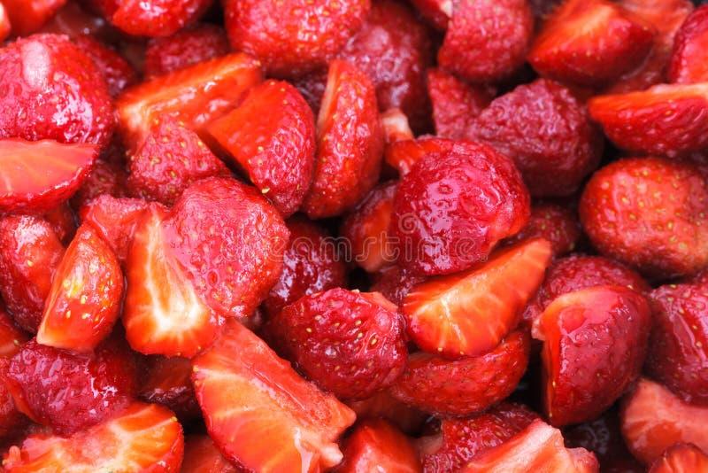 Sockrade jordgubbar arkivbilder