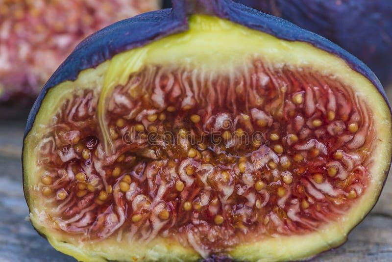 Soczysta rżnięta figi owoc zdjęcie stock