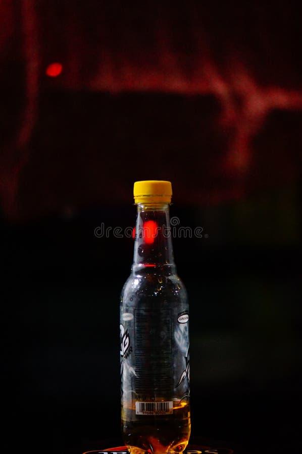 soda livre no lado escuro imagens de stock royalty free