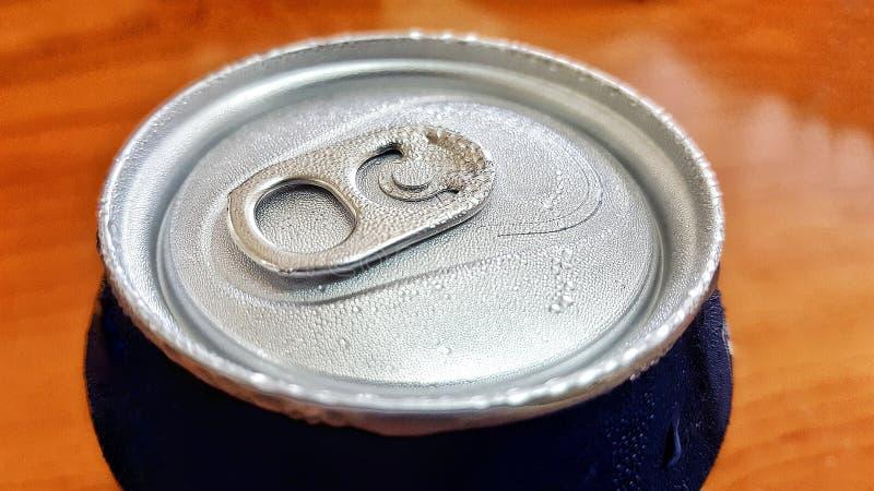 Sodowana piwna puszka zdjęcie stock