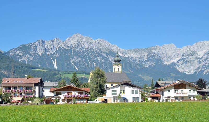 Soell AM Kaisergebirge, le Tirol, Autriche images libres de droits