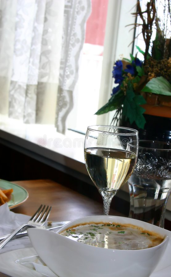 Soep & wijnstok stock fotografie