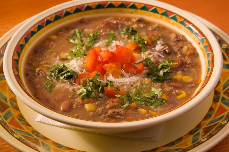 Soep met vlees en bonen stock afbeeldingen