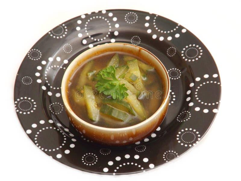 Download Soep van komkommer stock afbeelding. Afbeelding bestaande uit kruiden - 54083899
