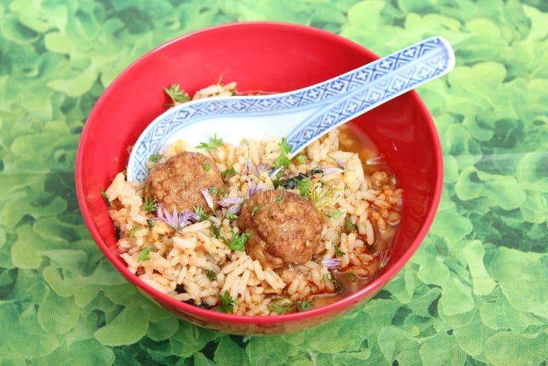 Soep van rijst met vleesballetjes royalty-vrije stock fotografie