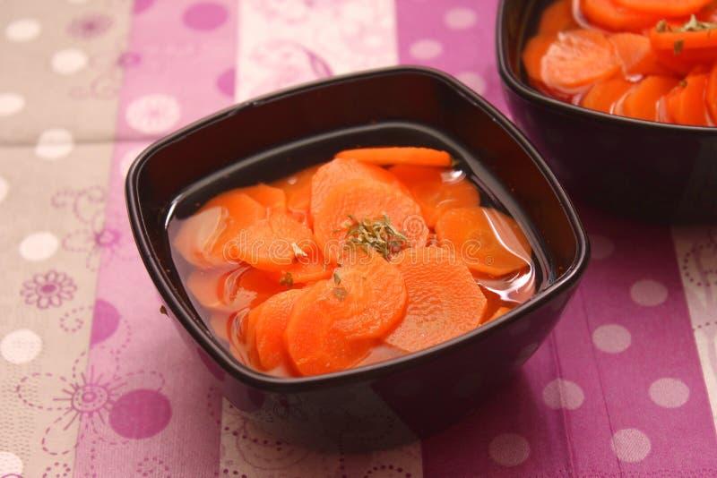 Soep van wortelen stock afbeelding