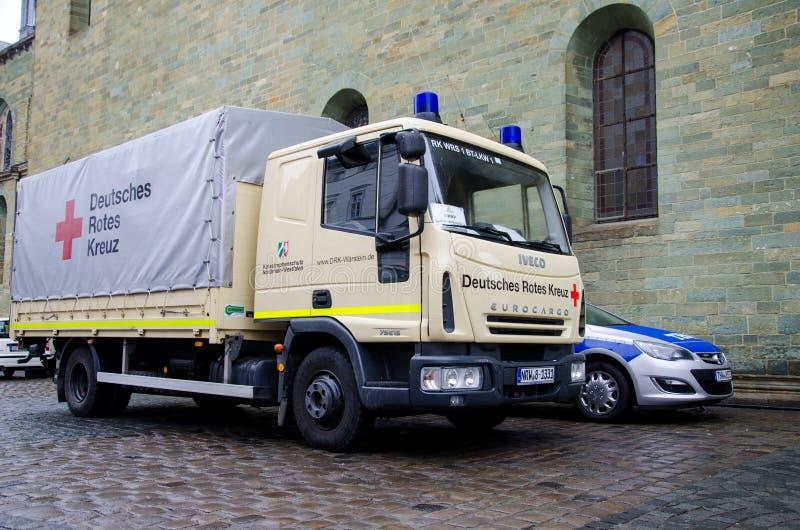 Soest, Германия - 31-ое декабря 2018: Немецкая тележка Красного Креста немецкая: Deutsches Rotes Kreuz стоковое изображение