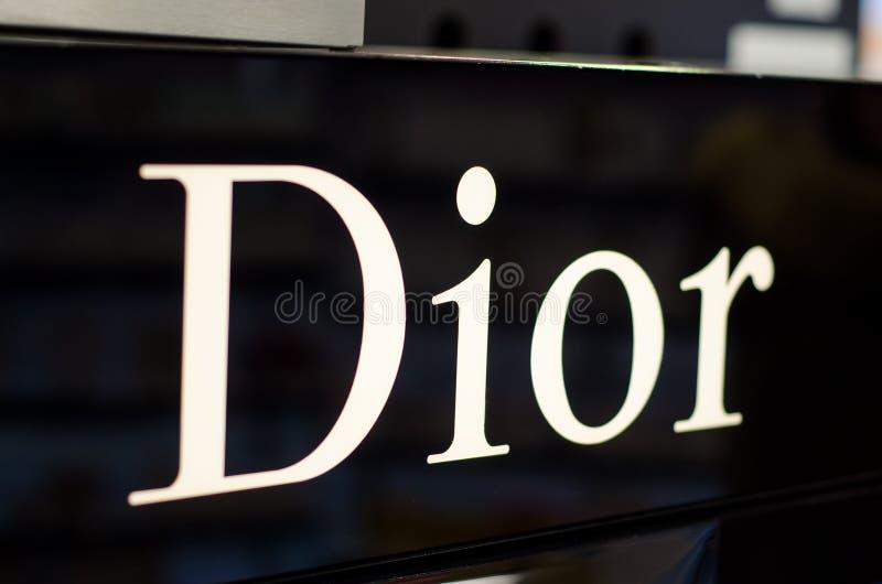 Soest, Alemanha - 3 de janeiro de 2019: Dior Logo na loja fotos de stock royalty free