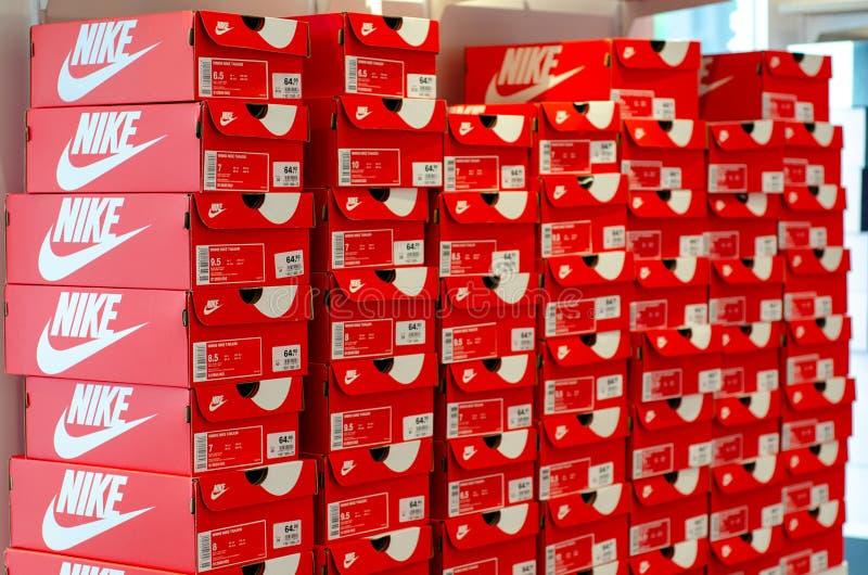 Alianza Escarchado Psiquiatría  220 Nike Box Photos - Free & Royalty-Free Stock Photos from Dreamstime