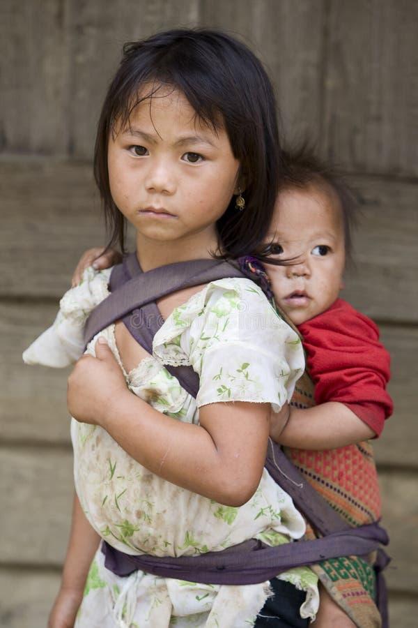soeurs de gens du Laos de hmong de frères image libre de droits