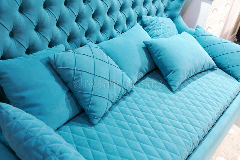Sofá azul fotos de stock