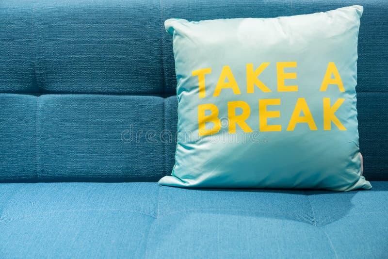 Sofá azul da tela imagem de stock