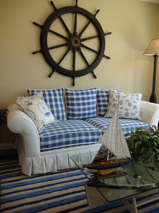Sofá azul y blanco imagen de archivo